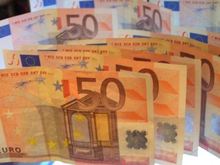 2012 óta nem volt ilyen magas az euró árfolyama