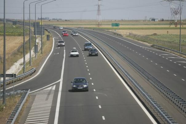 Az észak-erdélyi autópálya újabb szakaszának megépítésére kötött szerződést a román autópálya-társaság