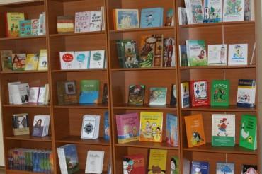 Mesemondás, mondókázás, versmondás – mindez szerdán, május 4-én a Kulcslyuk könyvesboltban