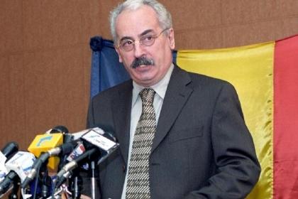 Elhunyt Radu Vasile volt román miniszterelnök