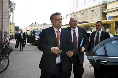 Baleset érte Orbán Viktor konvoját Maros megyében