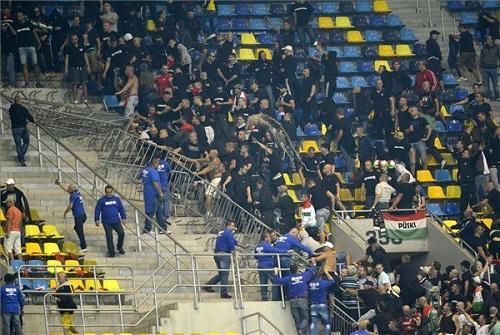 Pénzbírsággal sújtotta a FIFA a Román Labdarúgó Szövetséget