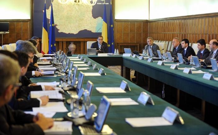Elfogadta a decentralizációs törvénytervezetet a román kormány