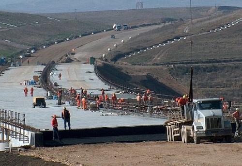 Két héten belül el kell kezdeni a munkát az észak-erdélyi autópályán