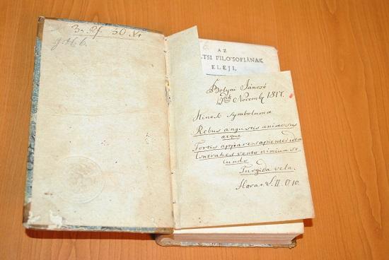 Bolyai János aláírásával ellátott könyvet kap a Teleki Téka