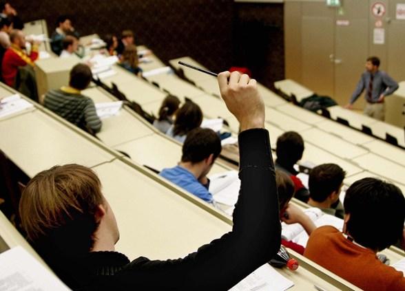 Több mint háromezer romániai diák tanul külföldön Erasmusszal