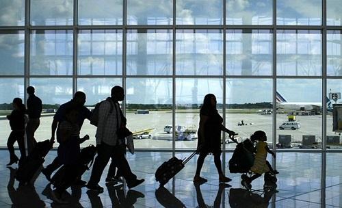 Végleg kivándorolna a romániaiak 35 százaléka
