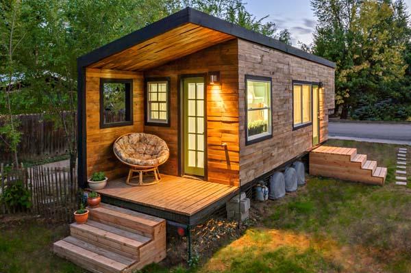 Saját házat épített egy amerikai építész, hogy megszabaduljon a banki hitelektől
