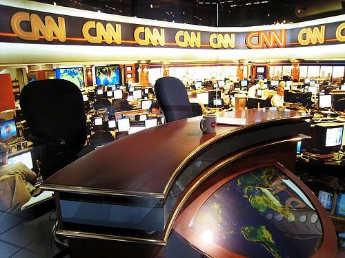 Betiltással fenyegették meg a CNN-t egy háborús emlékmű gúnyolása miatt