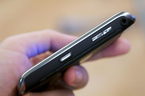 Eltörölné az EU a roamingdíjakat