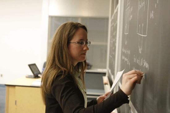 A marosvásárhelyi tanárokat egyre jobban érdekli saját felkészültségük