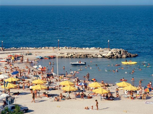 roman-tengerpart.jpg