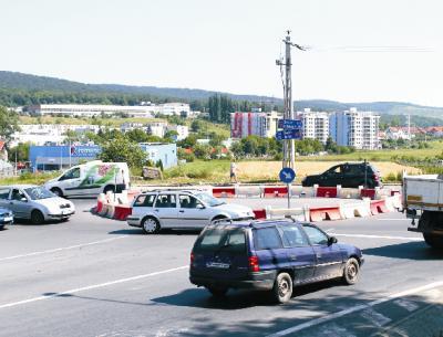 Körforgalom létesült Marosvásárhely koronkai bejáratánál