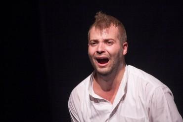 Két előadással várja a szórakozni vágyókat a Spectrum Színház
