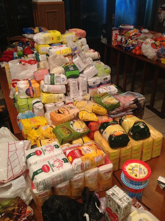 Több, mint 700 kiló élelmiszer gyűlt össze a karácsonyi adománygyűjtésen