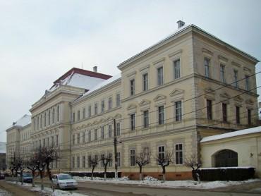 Csődbe viheti Nagyenyedet a Bethlen Gábor Kollégium épületének felújítása