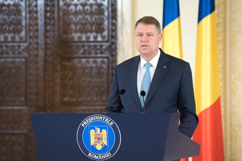 Iohannis felszólította a román kormányt, tegyen le a közkegyelmi tervezetről