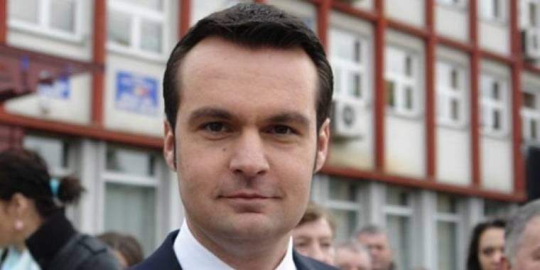 Románia egyik polgármestere a börtönből nyerte meg a választásokat