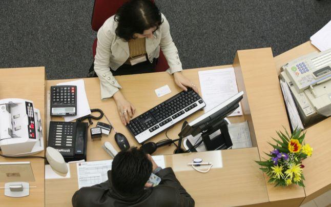 A romániai bankok először adtak több lakossági, mint vállalkozói hitelt