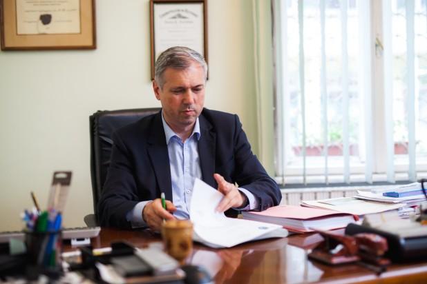 Péter Ferenc: Az RMDSZ továbbra is keresi a megfelelő adminisztratív megoldást a marosvásárhelyi katolikus iskola ügyének rendezésére