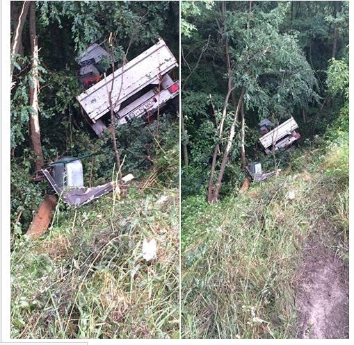 Súlyos baleset miatt állt le a forgalom a DN13-as országúton