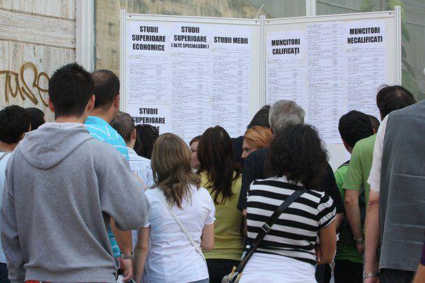 Szeptemberben csökkent a munkanélküliség Maros megyében