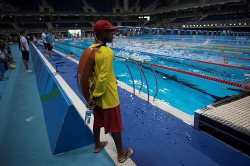 Rio 2016: Vízimentők vigyáznak a világ legjobb úszóira