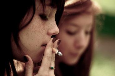 A hazai kiskorúak legalább fele dohányzik vagy kipróbálta már