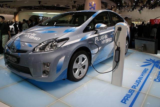 Több mint 60 százalékkal nőtt Romániában a hibrid és elektromos autók értékesítése