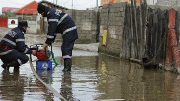 Első- és másodfokú árvízriadó van az ország 15 megyéjében
