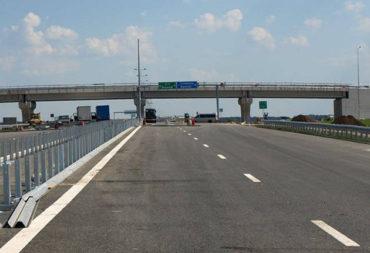 Egyedül mindenki ellen: forgalommal szemben haladt egy sofőr az A1-es autópályán