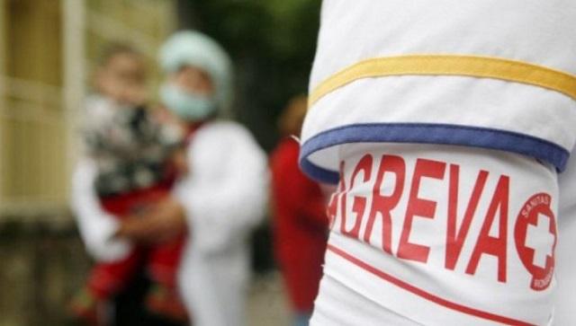 Sztrájkba lépett hétfőn reggel az egészségügyi rendszer 82.000 dolgozója