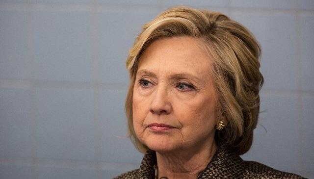 Hillary Clinton zokogott, amikor látta, hogy elveszíti az elnökválasztást