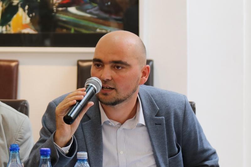 Novák Csaba Zoltán: a pedagógusokkal és a szülőkkel közösen kell megoldásokat találni az oktatási intézményrendszert érintő változásokra