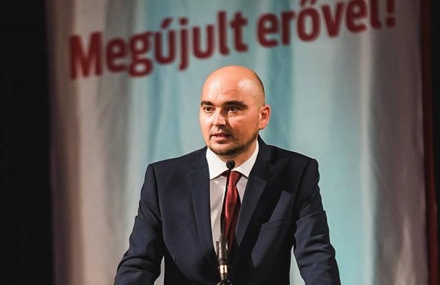 Novák Csaba Zoltán szerint prioritásként kell kezelni a marosvásárhelyi Római Katolikus Teológiai Líceum ügyét