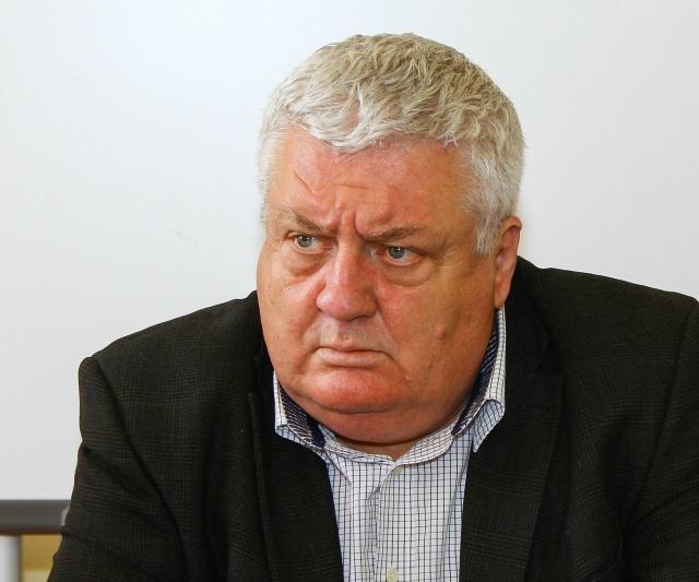 Decemberig házi őrizetben marad a Maros Megyei Tanfelügyelőség főtanfelügyelője