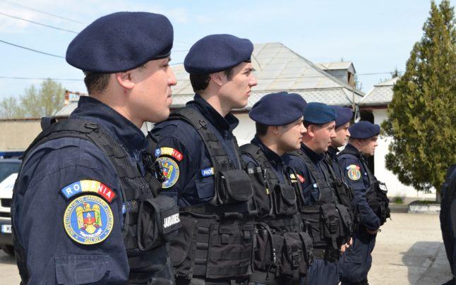 Több mint 10.000 csendőr biztosítja a választások zavartalan menetét