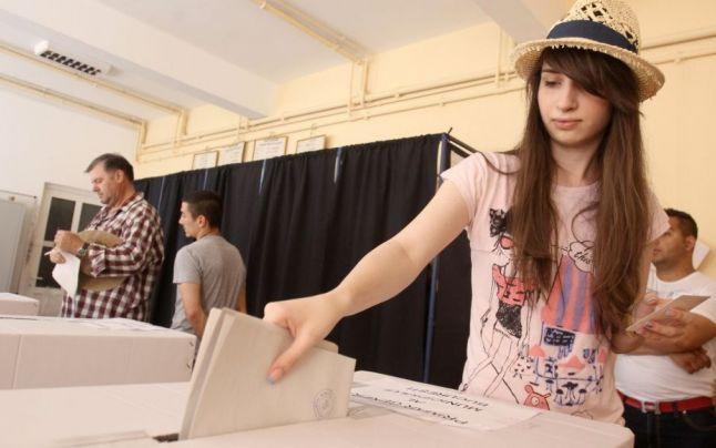 Több mint 600 olyan fiatal élhet először választójogával, aki december 11-én tölti be 18.születésnapját