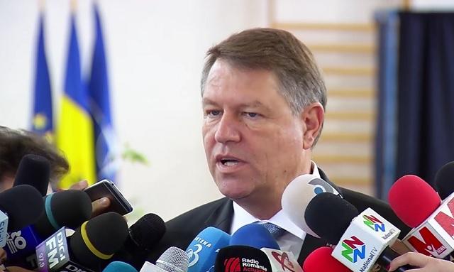 Iohannis: A titkosszolgálatok erős, de nem részrehajló parlamenti kontrolljára van szükség