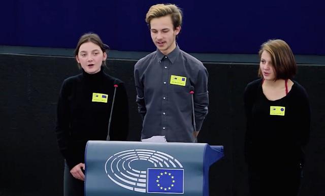 Olyan szépen szólt a magyar népdal az Európai Parlamentben, hogy az te is megkönnyezed!