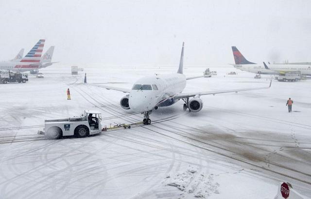 Számos repülőjáratot töröltek Romániában a téli időjárás miatt!
