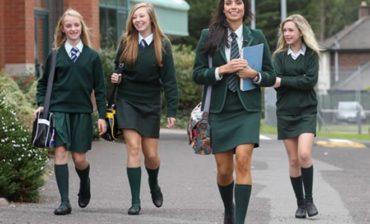 """Az iskolai egyenruha-viseléssel kapcsolatos """"visszaélésekre"""" hívja fel a figyelmet a Tanulók Országos Tanácsa"""