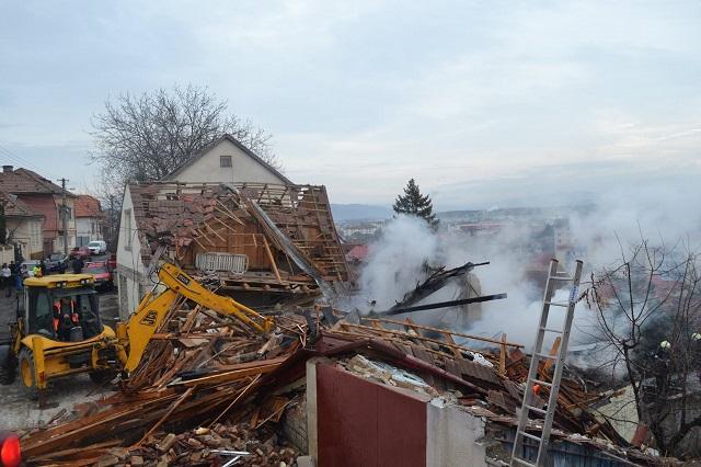 Robbanás történt Szászrégenben, az egyik sérültet Bukarestbe szállították