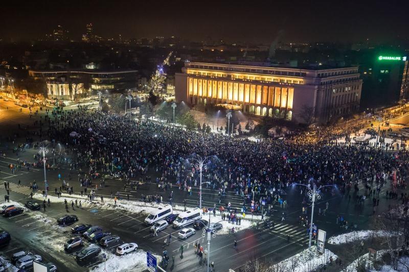 A tüntetések ellenére megjelent a román közlönyben a Btk. módosítása