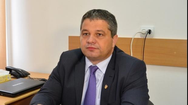 """Román egészségügyi miniszter: a """"nomád"""" lakosság köréből indult a kanyarójárvány"""