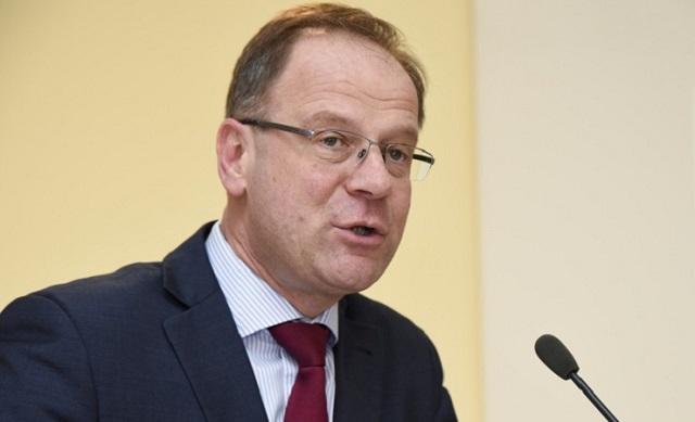 A vásárhelyi katolikus líceum és a MOGYE ügyében írt levelet Navracsics a román oktatási miniszternek
