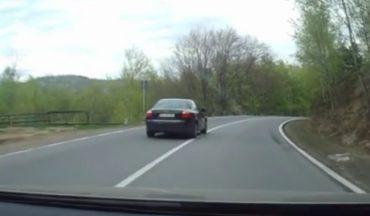 Sokkoló videót készített egy részeg sofőrről egy gépkocsivezető