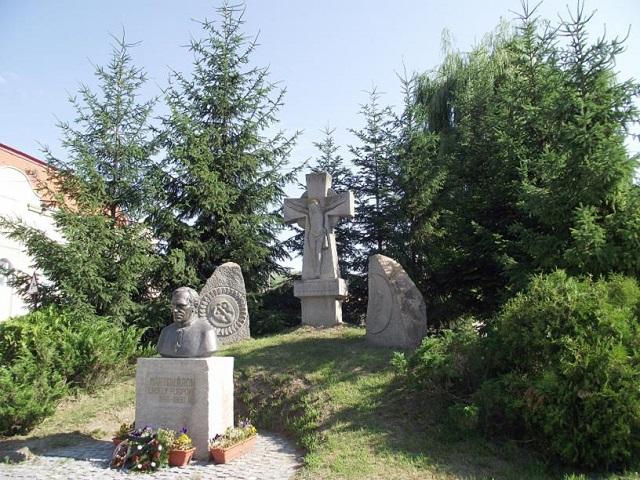 Márton Áron-látogatóközpontot építenek a püspök szülőfalujában