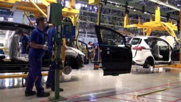 Csaknem újabb ezer dolgozót alkalmaz a Ford Romániában