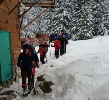 Tragédia a Retyezátban: A hegyimentők szerint a héttagú turistacsoport okozta a lavinát